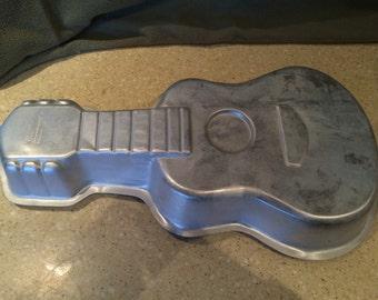 Wilton Cake Pan  Guitar
