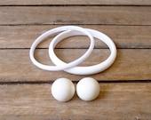 20% CNY SALE - Vintage 80's White Plastic Bangle & Round Clip On Earrings Set