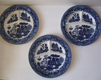 Vintage Blue Willow Stoneware blue & white grille plates Made in Japan c. 1950, Set of 3