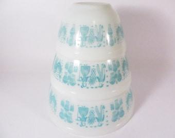Pyrex Amish Butterprint Mixing Bowls - Set of Three Turquoise Butterprint Bowls