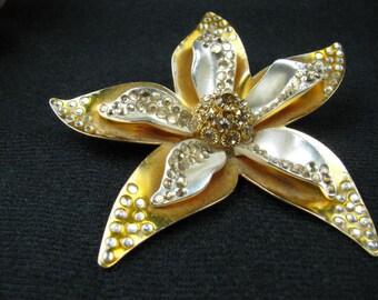 Vintage XL Aluminum starfish brooch marked AVON NR