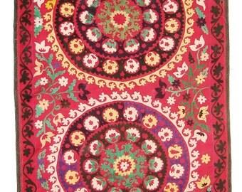 Suzani Wall Hanging, Handmade Vintage Suzani NL1428, Uzbek Suzani, Suzani Blanket, Suzani Tapestry, Suzani Bedding, Wall Art, Suzani Throw