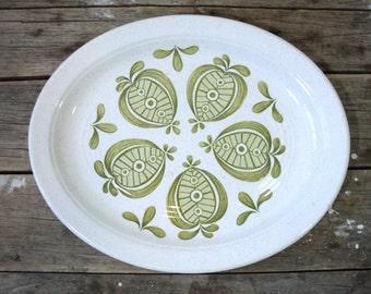 Oval Platter, MCM Apple motif, by J & G Meakin, Pippin Studio, Danish modern Styled, Scandinavian