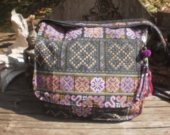Hmong Cross Stitch Print Messenger Bag