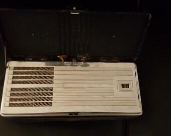 Vintage rca victor radio model bp-10