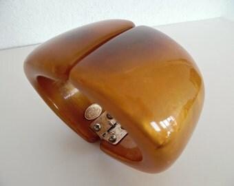 21% OFF :) DOMINIQUE DENAIVE France . Pearlescent Honey . Runway Vintage Retro Cuff Bracelet Bangle