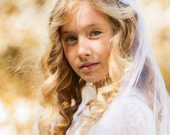 Vintage style first communion veil -  Chantilly lace cap   first communion veil - Cherubic