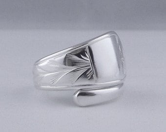 Beautifully Unusual Handmade Antique Bright Cut Sterling Silver Spoon Ring dated 1923 Jewellery Unique Gift