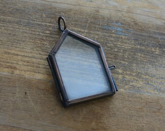 1- House Double Sided Glass Frame Pendant Hinged Locket Charm Frame Antique Bronze Vintage style Jewelry Supplies  (BD007)