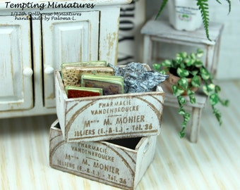 Wooden Crate in Vintage Style - 1:12th Dollhouse Miniature