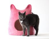 Pink cat bed - wool cat save - cat house - bright cat bed - made to order