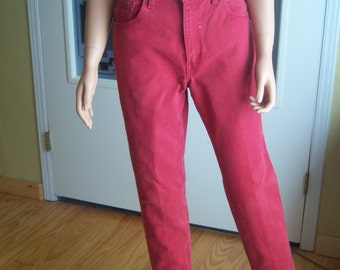 Ladies Vintage Red Levi Strauss Jeans, High Waisted Levi 550 Relaxed Fit, Tapered Leg, 100% Cotton, Size 9 Med