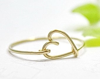 Gold Heart Ring, 14K Gold Filled Wire Love Heart Ring - Chic, Elegant And Dainty Heart Jewelry, Wire Wrap Ring, Girlfriend Gift
