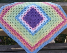 Baby Blanket, Granny Square in pink, white, green, purple, yellow, orange, blue