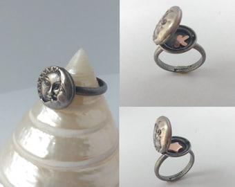 Locket ring - Silver moon ring - Moon locket ring - Antique silver locket - Sun and moon ring - Silver ring - Ethnic boho hippie gypsy ring