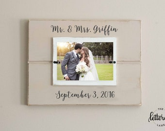 wedding picture frame personalized mr and mrs picture frame with date mr - Mr And Mrs Frame