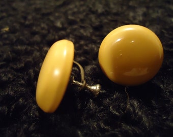 Vintage 1960s Yellow Button Style Clip on Earrings
