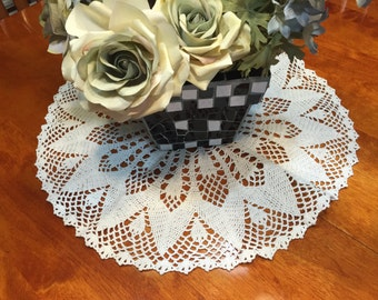 Vintage 19.5 inch White hand crochet doily for crafts, housewares, kitchen, dining, home decor by MarelenesAttic