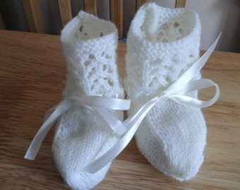 Hand Knitted Baby Booties 0-3 Months