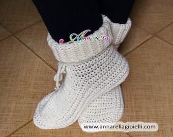 Scarpe da notte uncinetto, calze da notte, crochet, christmas, natale, lana, acrilico, socks, color, red, white.