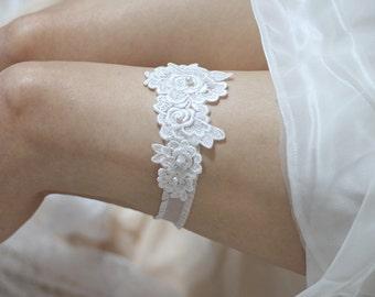 Rose lace garter, bridal garter, swarovski pearls garter, wedding garter, lace garter