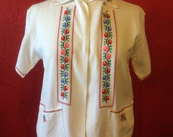 1950s White Cotton Ethnic Embroidered Panel Blouse