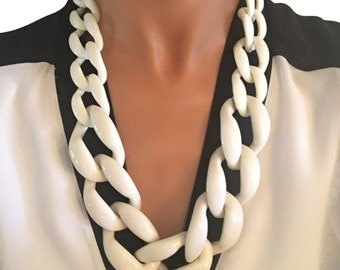 Skinny Link Necklace White