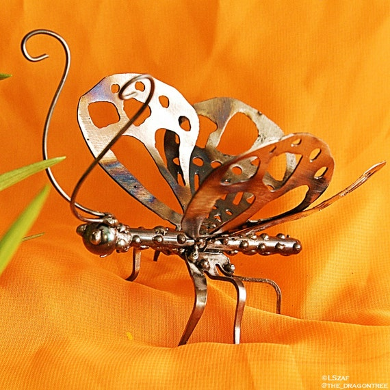 For mum, For my girlfriend, counter top decor Butterfly, Gardener sculpture, Insect art gift, antennae,Butterfly wings, Metal Sculpture,