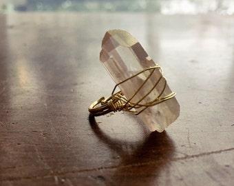Rose Quartz ring / gold wire wrapped rose quartz ring / pink quartz ring / crystal ring / raw crystal ring /  boho ring / bohemian ring