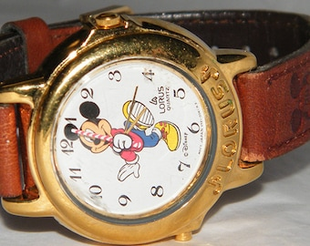 Disney Lorus Marching Mickey Mouse v421-0060 by Seiko Musical Watch with Leather Band