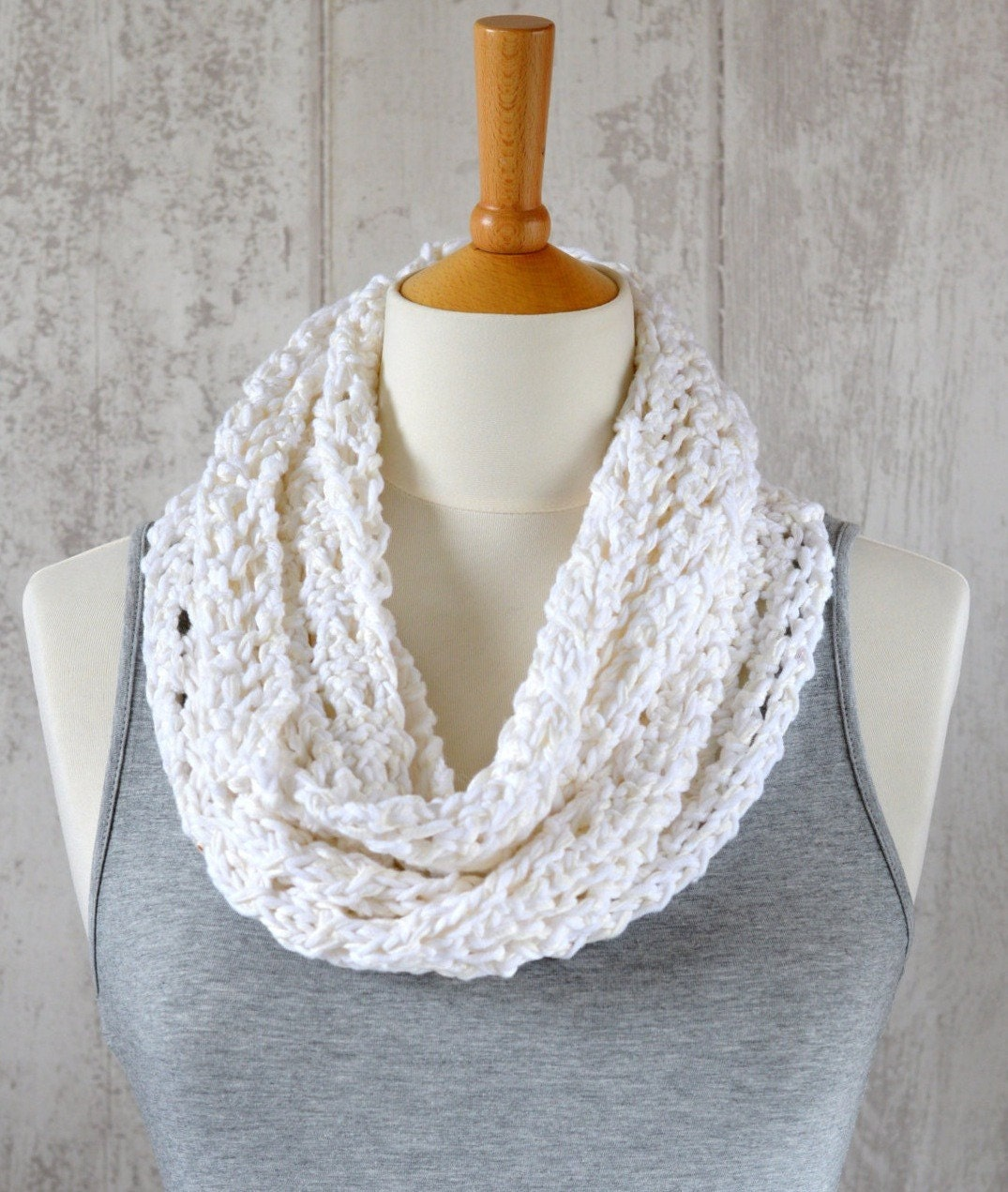 Knitting Pattern Lace Infinity Scarf : KNITTING PATTERN Lace Scarf Simple Knit Pattern Infinity Scarf