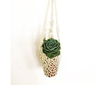 Handknit Hanging Planter in Natural , Indoor Planter, Boho Home