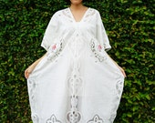 Vintage Upcycled/ Lace Kaftan/ Lace Dress/ Vintage Upcycled Dress/ Maxi Dress/ Boho Dress/ White Lace Maxi Dress/ Peasant Style/ LARGE