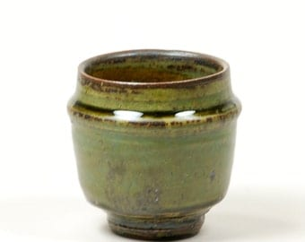 Green and amber cup (yunomi)