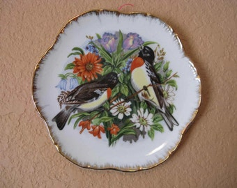 vintage china plate with Rose Breasted Grosbeak birds by Wales of Japan