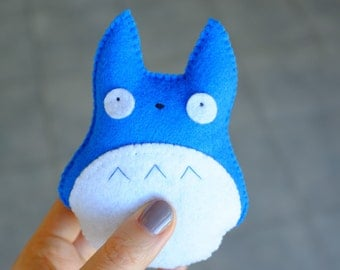 BlueTotoro felt plush doll