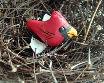 Tiny Cardinal- polymer clay bird charm.  realistic bird. winter red bird. black. rustic woodland. jewelry bead. Jettabugjewelry