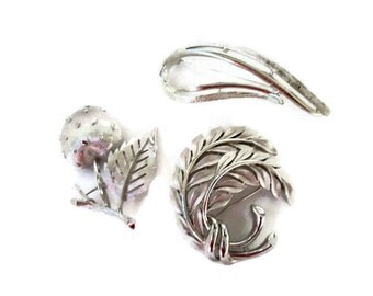 Vintage Brooch Collection, Silver Tone Pins, Trifari, Sarah Coventry, Retro Fashion Trends