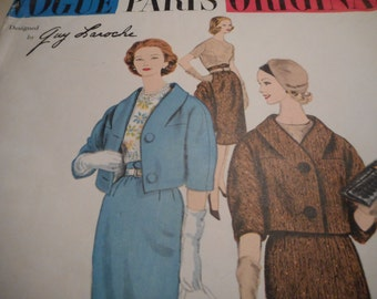 Vintage 1960's Vogue 1462 Paris Original Laroche Suit and Blouse Sewing Pattern, Size 14 Bust 34