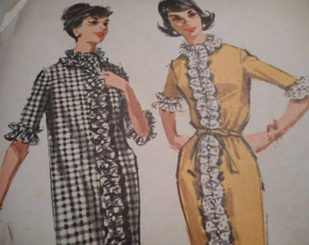 Vintage 1960's McCall's 6501 Dress Sewing Pattern, Size 14 Bust 34