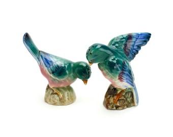 Vintage Bird Salt and Pepper, Colorful Bird Shakers, Vintage Birds, Figural Bird Shakers, Wedding Cake Topper, Tropical Birds, Epsteam