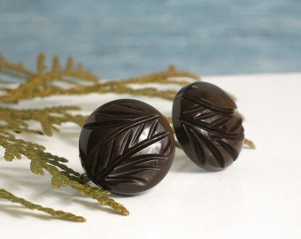 Vintage Bakelite Earrings - Brown Bakelite Screw Back Earrings - Carved Bakelite Round Button Earrings - Chocolate Brown Screwback Earrings