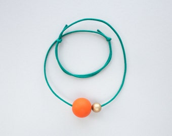 LUNA Necklace  -  Red / Gold / Green