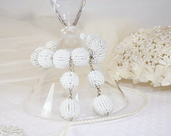 Vintage White Beaded Ball Bracelet and Earring Set White Ball Bracelet White Ball Dangle Earrings Perfect for any Occasion