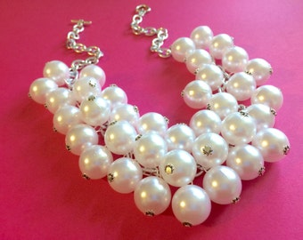 Chunky Women's White Pearl Statement Necklace, Big Pearl Necklace, White Necklace, Bridesmaid jewelry, statement necklace