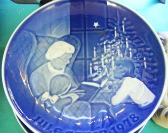 25% Off Storewide Sale 1978 Bing and Grondahl Made in Denmark Collector Plate A Christmas Tale
