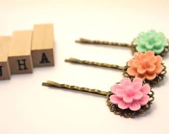 Vintage inspired resin flowers bobby pin/hair pin