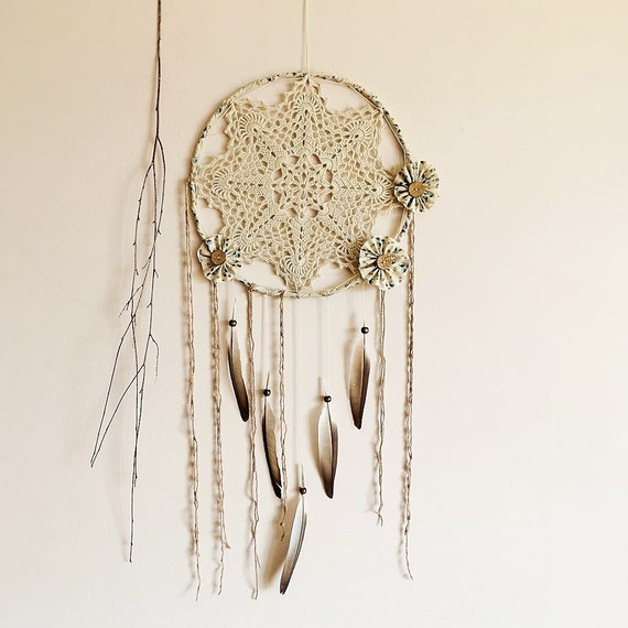 Boho dream catcher, wall hanging, large, neutral, blue, bedroom decoration, dreamcatcher, handmade, attrape rêves, crochet doily, unique