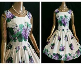 VIOLET BOUQUETS Vintage 50's Full Skirt Sun Dress