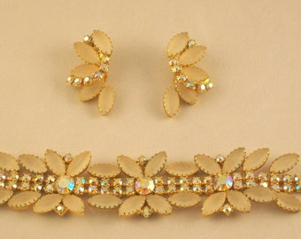 Delightfully Pretty 1950s Jewelry Costume Bracelet Earrings Set Demi Parure Cream and Aurora Borealis